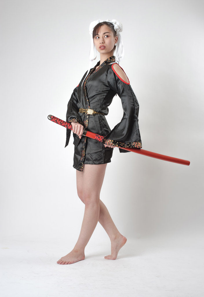 Beautiful Chinese woman with japanese sword-katana,Chun-Li's cosplay Ⅰ.(春麗のコスプレをした美しい中国人女性 其の一)