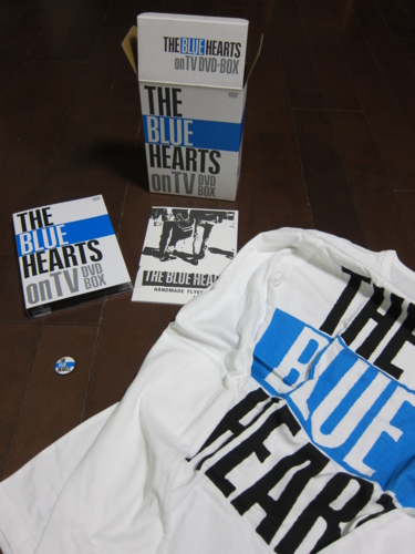 「THE BLUE HEARTS on TV」【完全初回生産限定盤】の中身