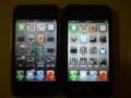 iPhone 3GS(左、ソフトバンク)と iPhone 4S(右、au)