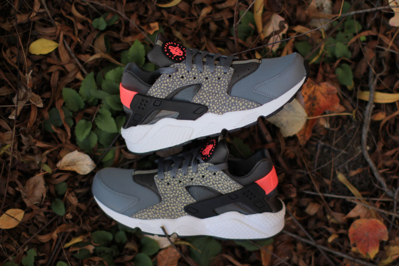 Nike Air Huarache PRM Safari