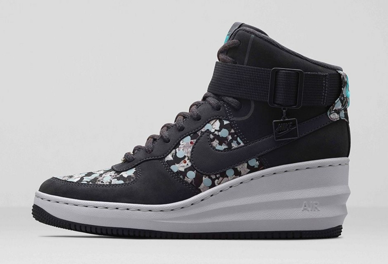 Women's Nike Lunar Force 1 Sky Hi Liberty