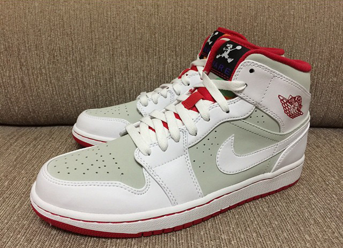 Air Jordan 1 Mid Hare