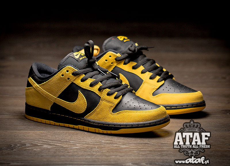 NIKE DUNK LOW PRO SB 'UNIVERSITY GOLD'