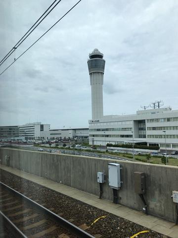 中部国際空港へ向かう電車からの風景