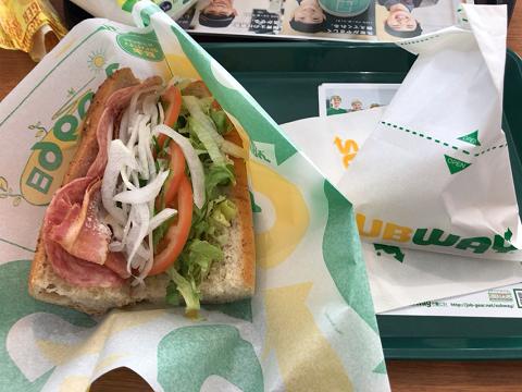 サブウェイのBLTサンドイッチ