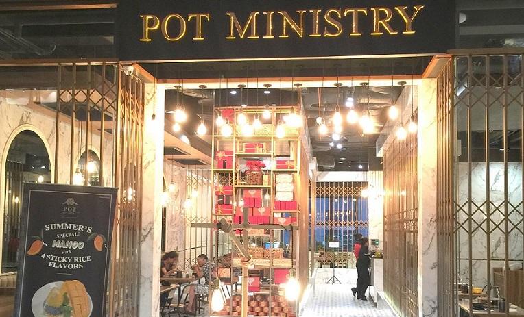 タイスキが有名なレストラン、Pot Ministryの入口