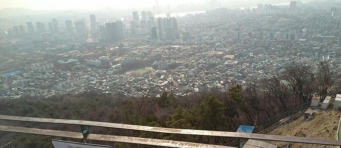 山頂から見る景色