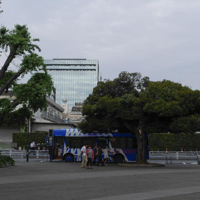 上野 バス停