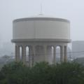 雨 給水塔