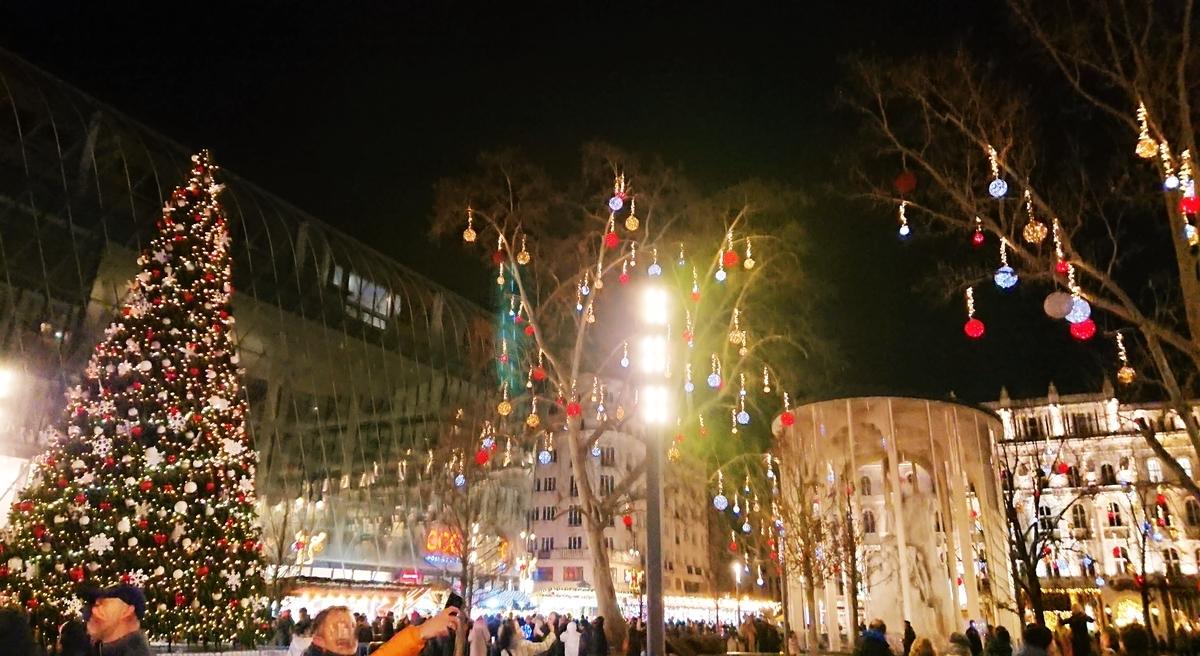 ブダペスト クリスマスマーケット