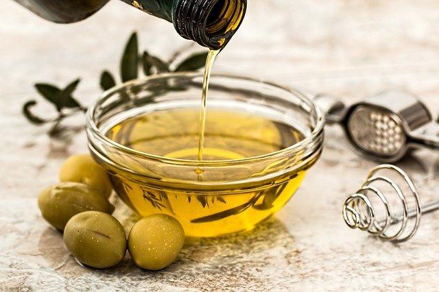 油のとり方を変えて健康的にダイエット