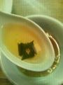 [twitter] ハート形に穴が開いていたワカメスープのワカメ。。