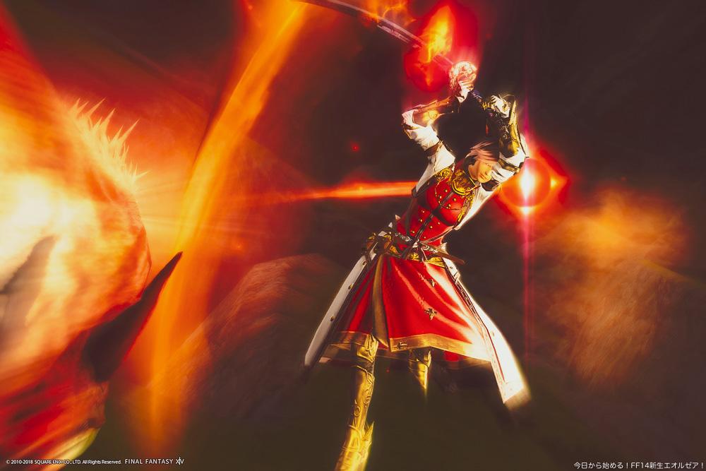 ミコッテの暗黒騎士が、敵を切りつけているところ。スカラディフェンダーコートを装備している。(FF14)