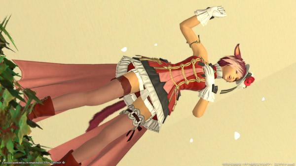 プリンセスデーの歌姫ドレスを着ているミコッテ。(FF14)