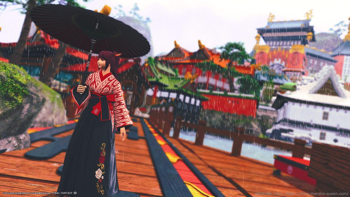シロガネの海の上に掛かる橋を歩く和装(東方女学生衣装)のミコッテ。赤の番傘をさしている。