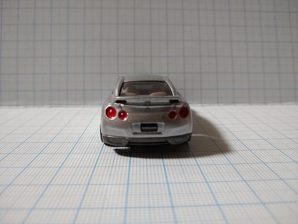 トミカ 日産 GT-R(シルバー) 日産工場見学記念の画像4