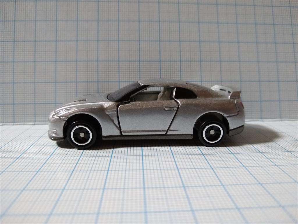 トミカ 日産 GT-R(シルバー) 日産工場見学記念の画像5