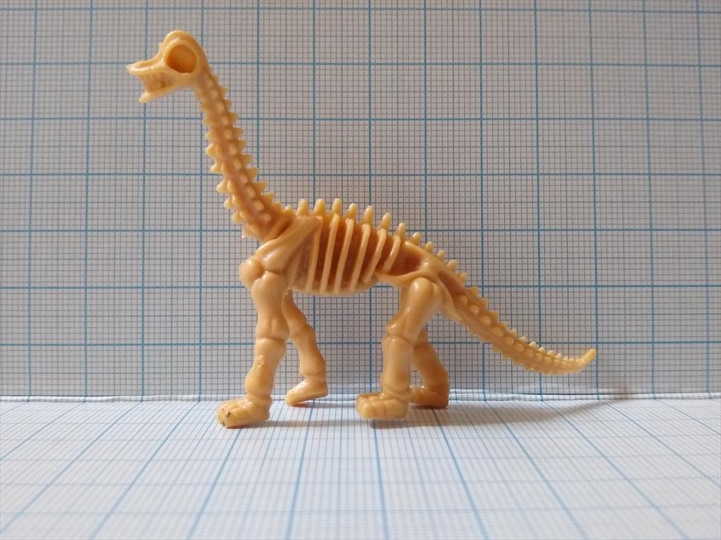 カプセルトイ 恐竜の化石ミュージアム ブラキオサウルス(レビュー)の画像2
