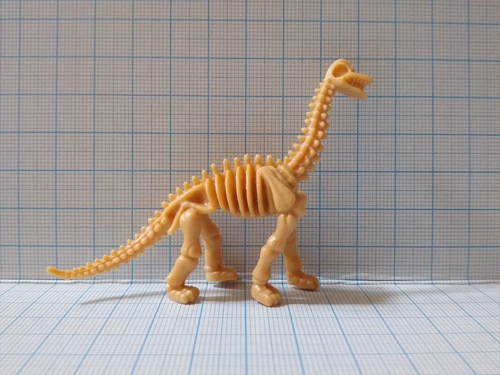 カプセルトイ 恐竜の化石ミュージアム ブラキオサウルス(レビュー)の画像4