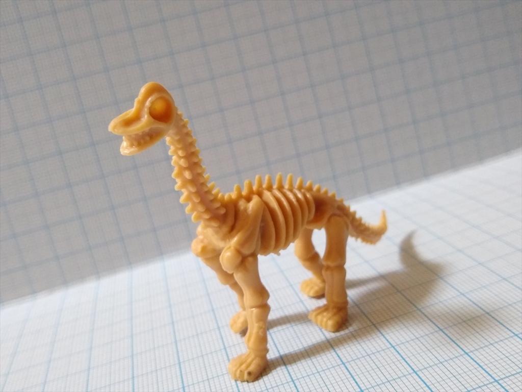 カプセルトイ 恐竜の化石ミュージアム ブラキオサウルス(レビュー)8
