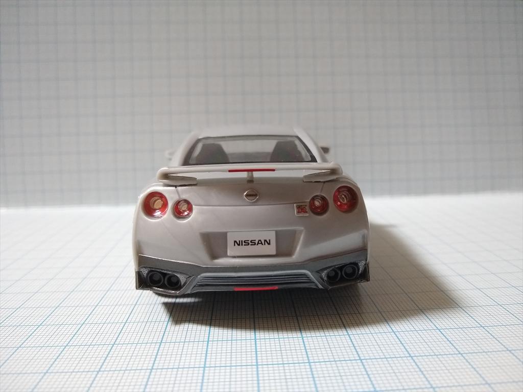 アオシマ ザ・スナップ キット NISSAN GT-R/アルティメイトメタルシルバーの画像4