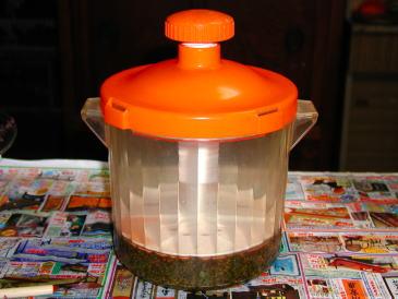 漬物容器で重しをかける