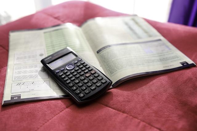 支出の見える化と予算を決めて支出をコントロールする家計簿