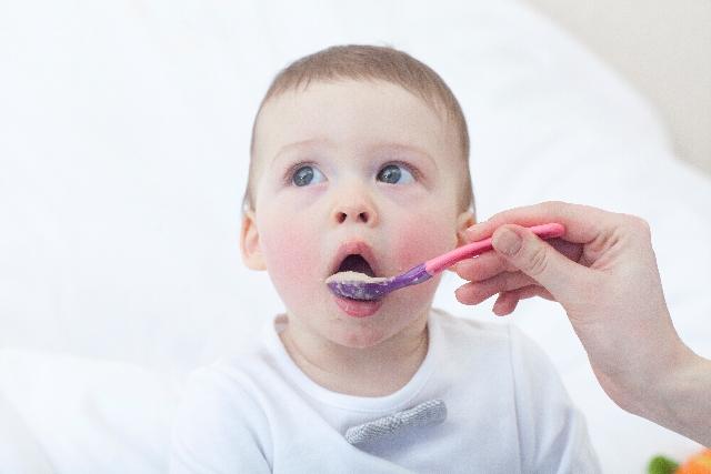 スタートから3ヵ月目の離乳食中期の進め方