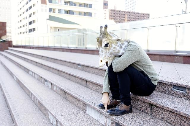 スマホ依存によるスマホ姿勢はメンタルに悪影響