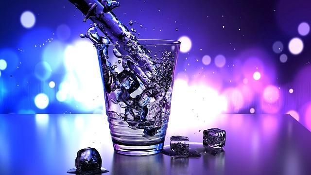 二日酔いの時や事前に二日酔いを防ぐ役立つ5つの飲み物