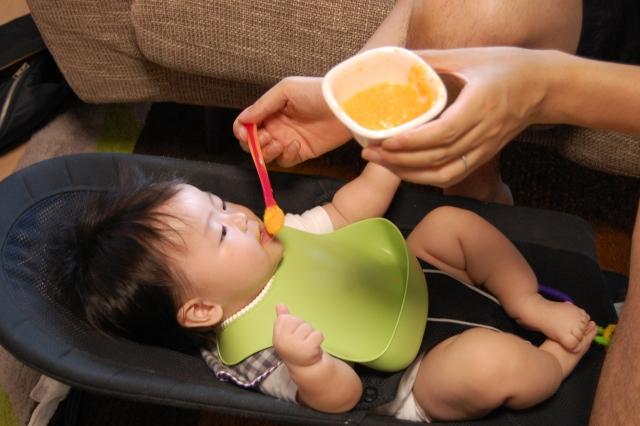 赤ちゃんの離乳食から学べる人生の学び