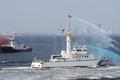 [艦船]平成20年度海上保安庁観閲式にて 消火作業を行う消防艇はまぐもPC22