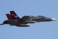 [飛行機]2013年12月31日厚木を離陸するVMFA-232のF/A-18C(WT01/Bu.No.165186)