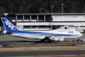 [飛行機]2014年3月15日福島空港にて全日空の747-481(D)(JA8961)