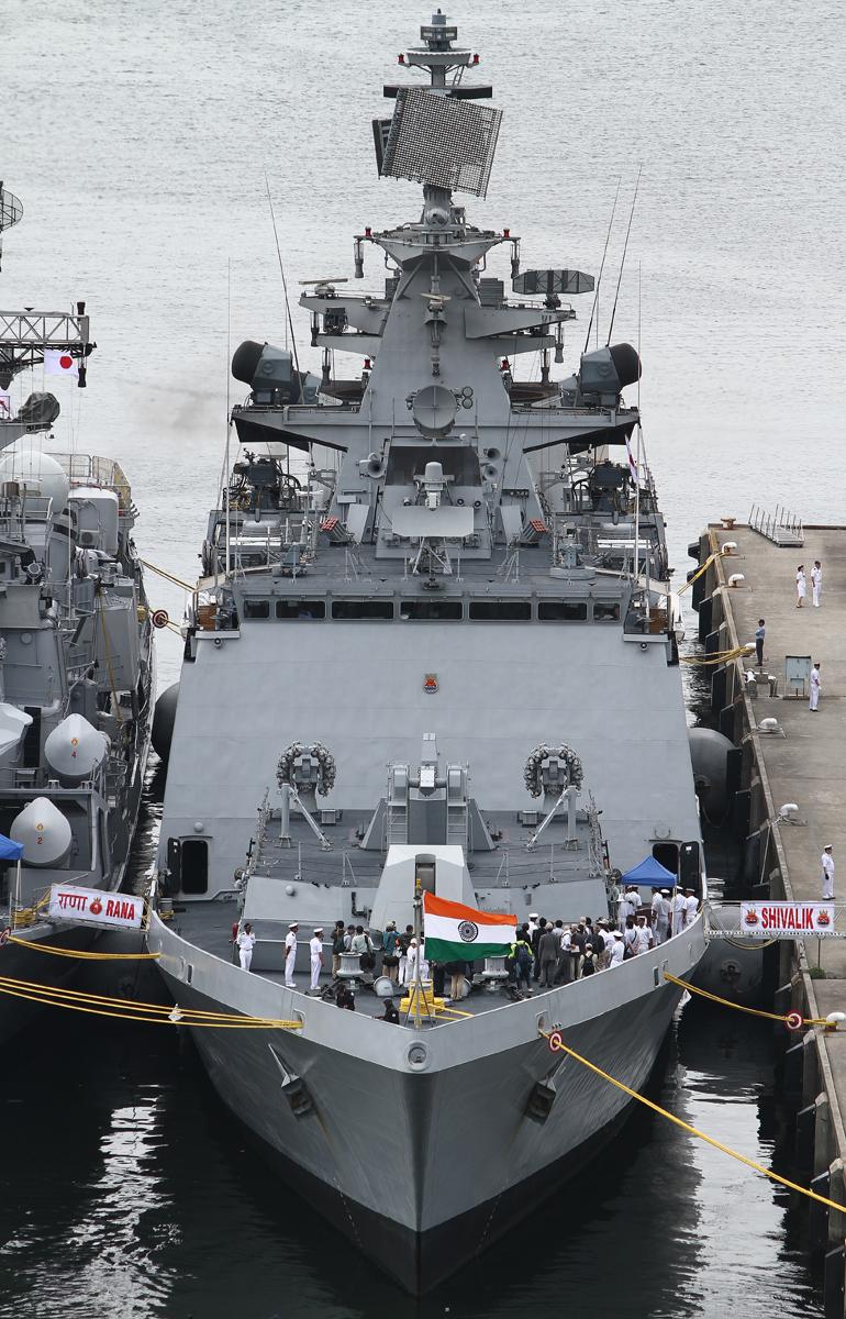 インド海軍のフリゲイト シヴァリクINS Shivalik F47