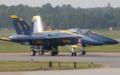 [飛行機]2005年オシアナエアショーでタキシングするブルーエンジェルス