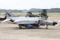 [飛行機]平成26年度航空観閲式 地上滑走展示を行う302飛行隊のF-4EJ (87-8404)