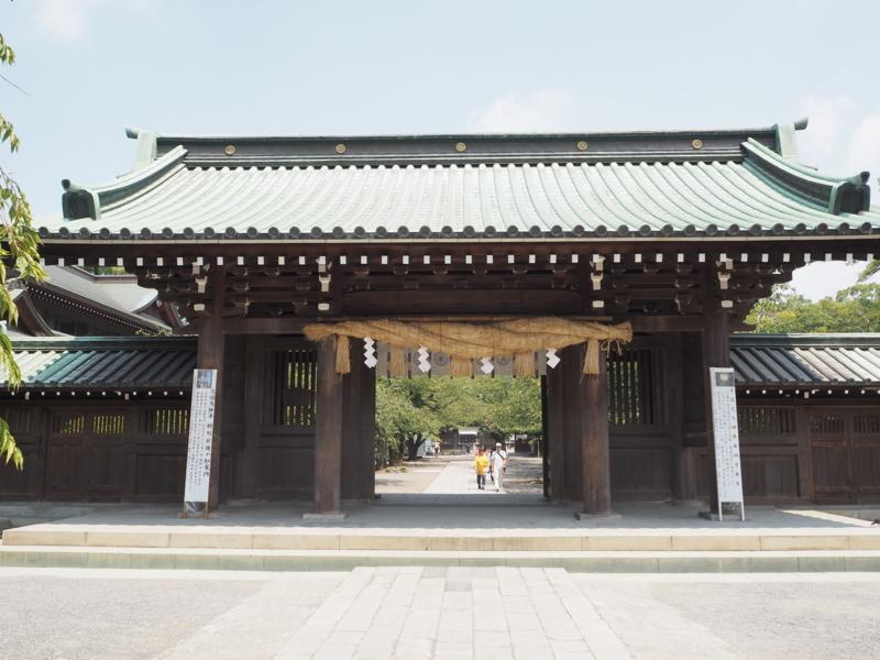 三嶋大社本殿前の門