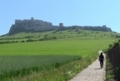 古城への道