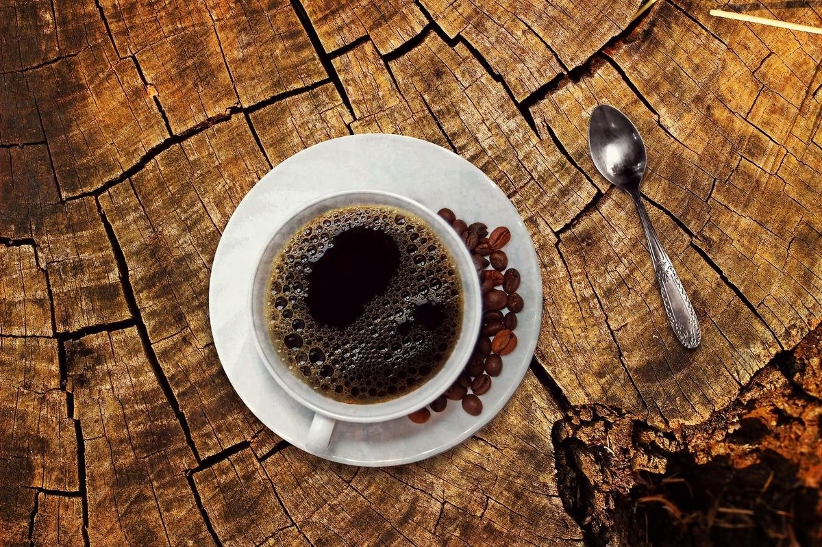 コーヒーなどに含まれるカフェインが薄毛改善に効く?