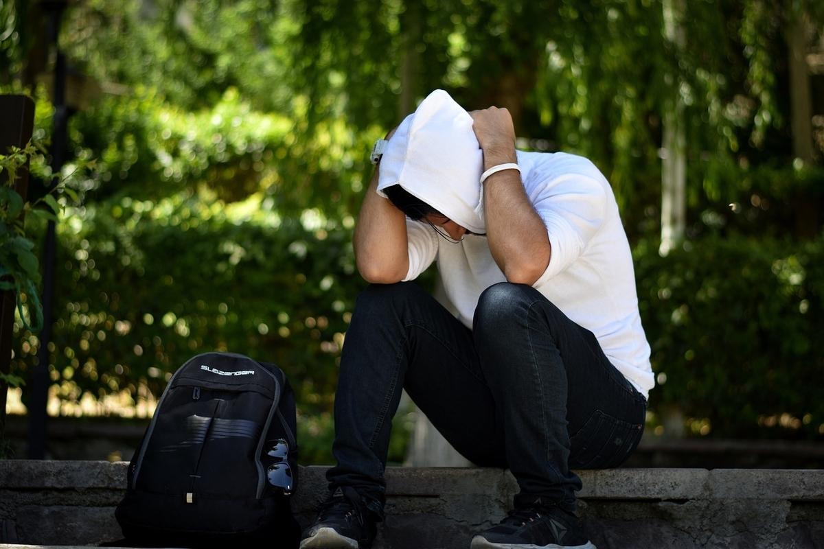 ストレスは本当に薄毛やハゲの原因なのか?