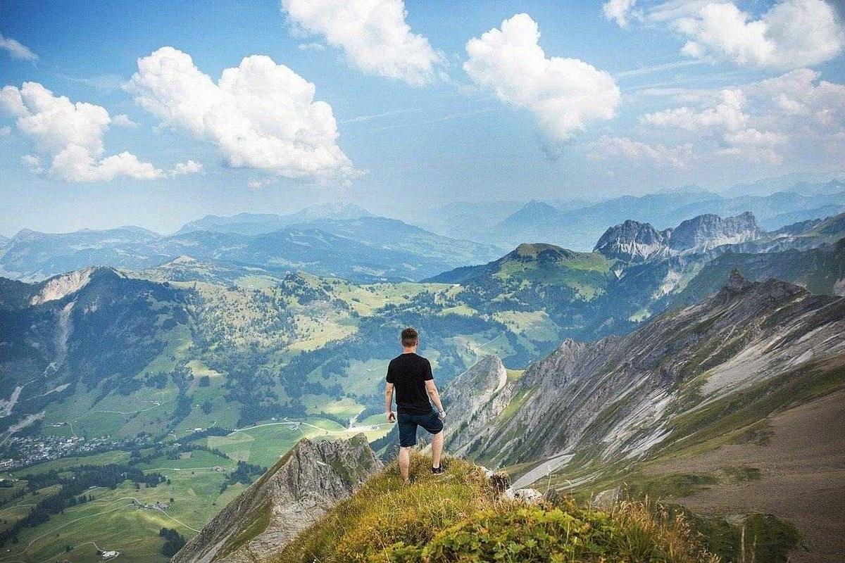 人生は山登りにたとえられる―薄毛対策も登山と同じ?