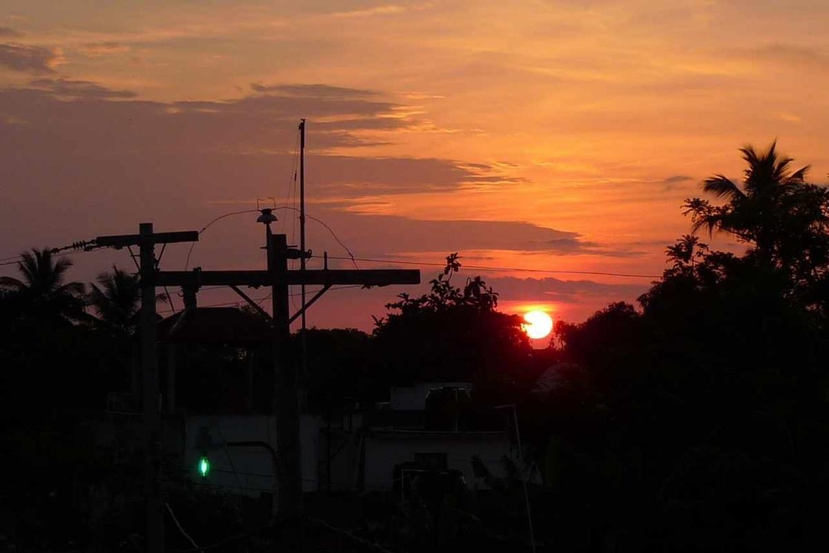 カリブの島国の朝日