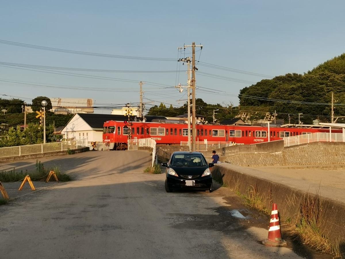 伊予鉄道高浜線 梅津寺駅(愛媛県)と700系車両