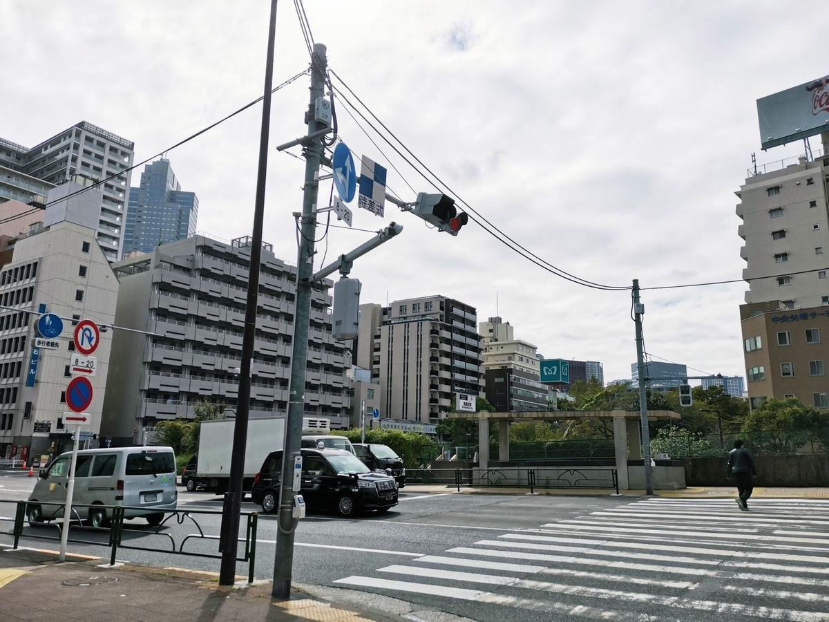 東京メトロ有楽町線新富町駅6番出入口