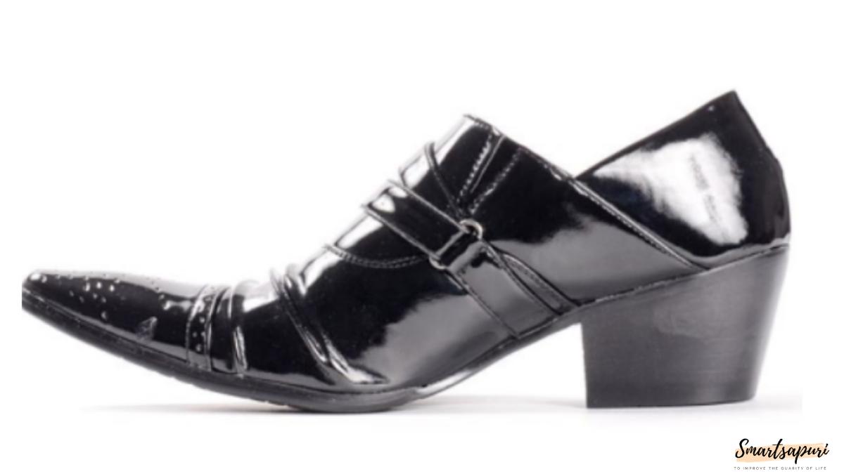 エナメル質のような安い革靴