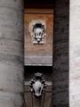 柱廊の隙間