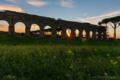 2015年10月11日の古代ローマの水道橋遺跡のある公園 - 1