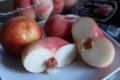平たい白桃