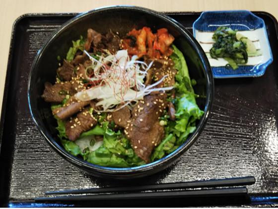 道の駅米沢お昼カルビ丼
